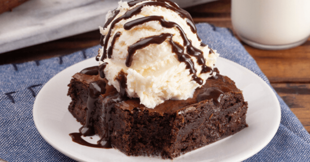Cracker Barrel Coca Cola Cake (Copycat Recipe)