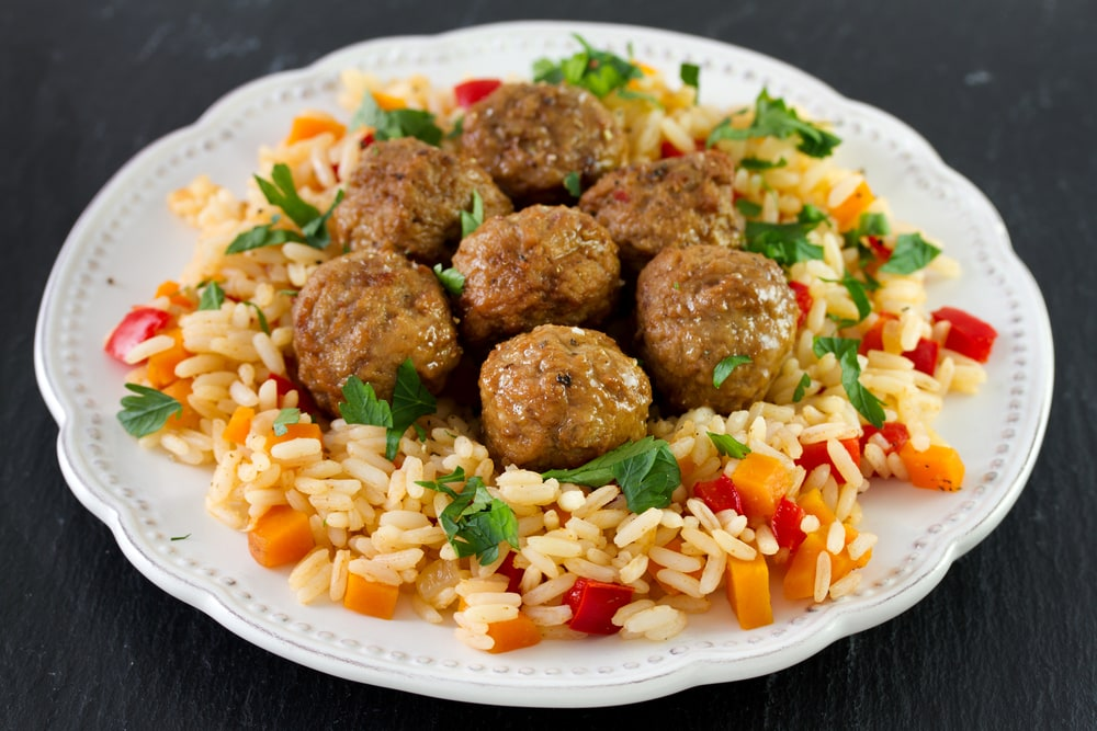 Rice with meatballs