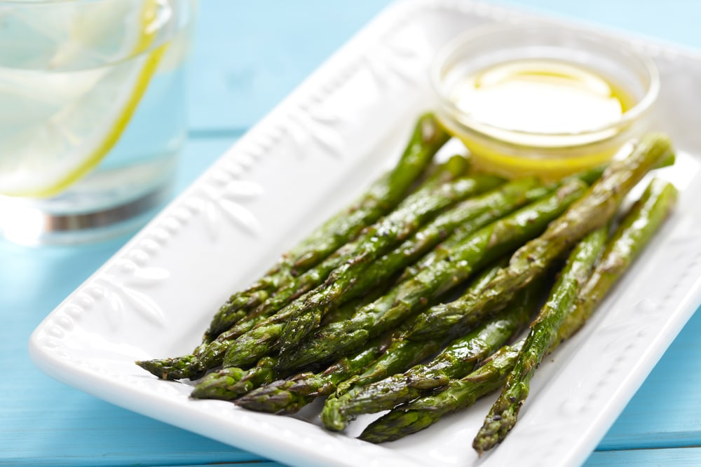 Asparagus in Lemon Butter Sauce