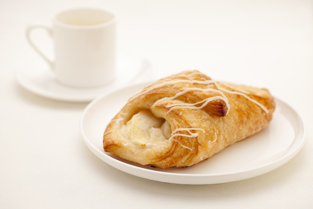 Croissant with Apples