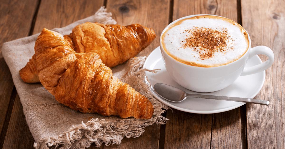 10 Italian Breakfast Foods (+ Easy Recipes)
