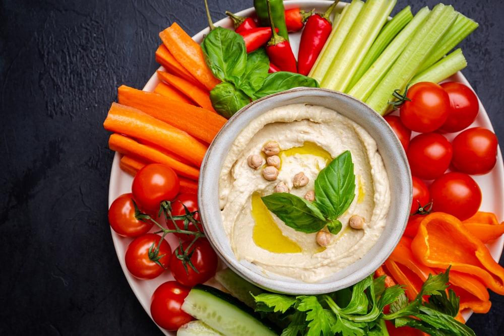 Veggies With Hummus
