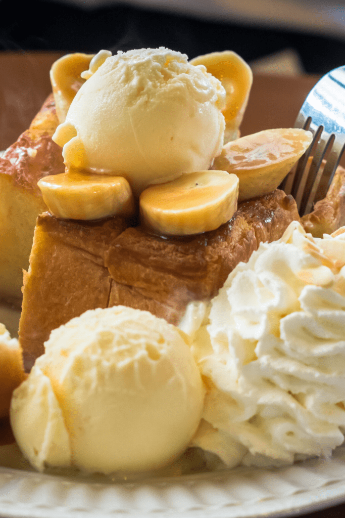 Ohana Bread Pudding With Banana and Ice Cream