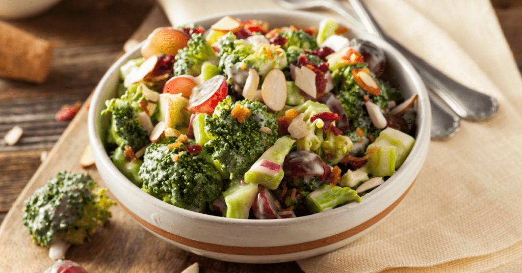 Broccoli Salad With Grapes, Onions and Bacon
