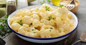 Vegetarian Cualiflower with Cheese Sauce
