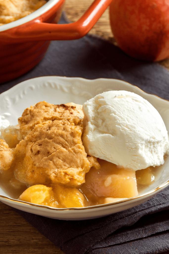 Homemade Peach Cobbler with Vanilla Ice Cream