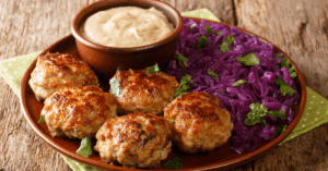 Meatballs with Red Cabbage and Dipping Sauce