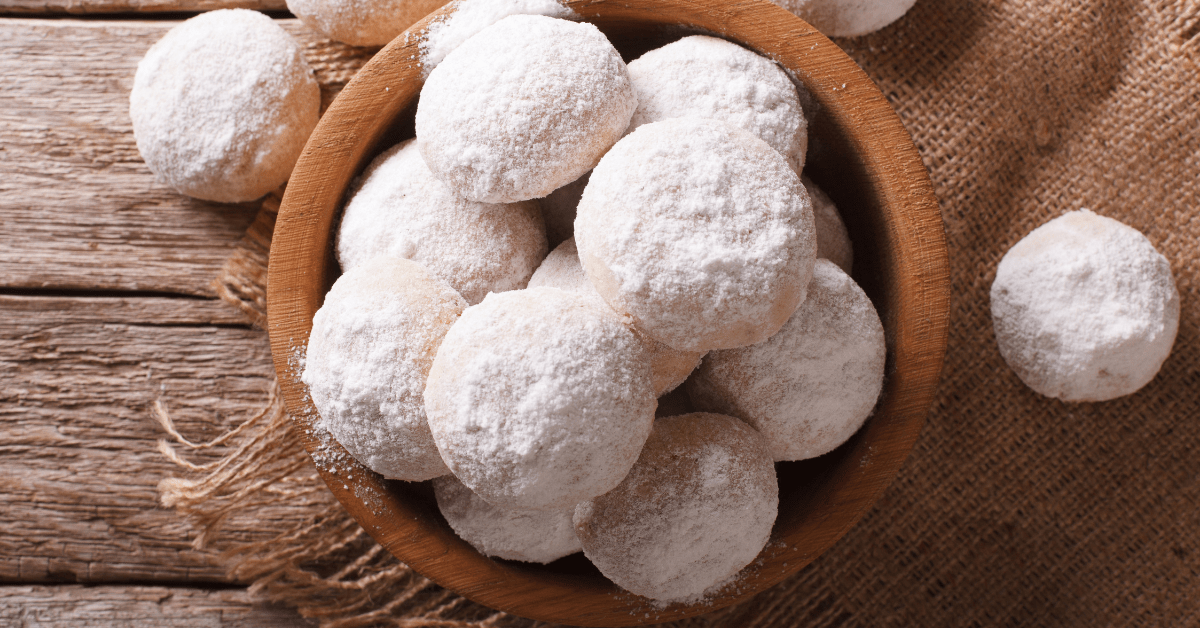 Mexican Wedding Cookies with Powdered Sugar