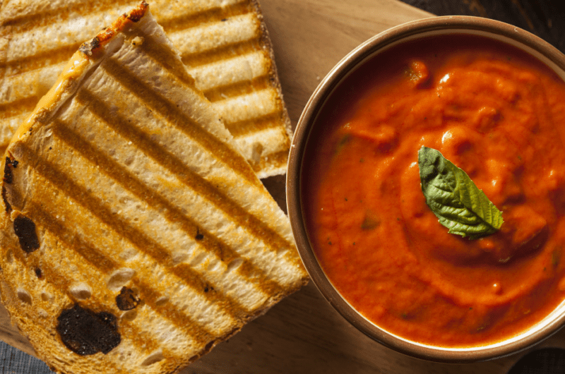 How to Thicken Tomato Soup (8 Easy Ways)