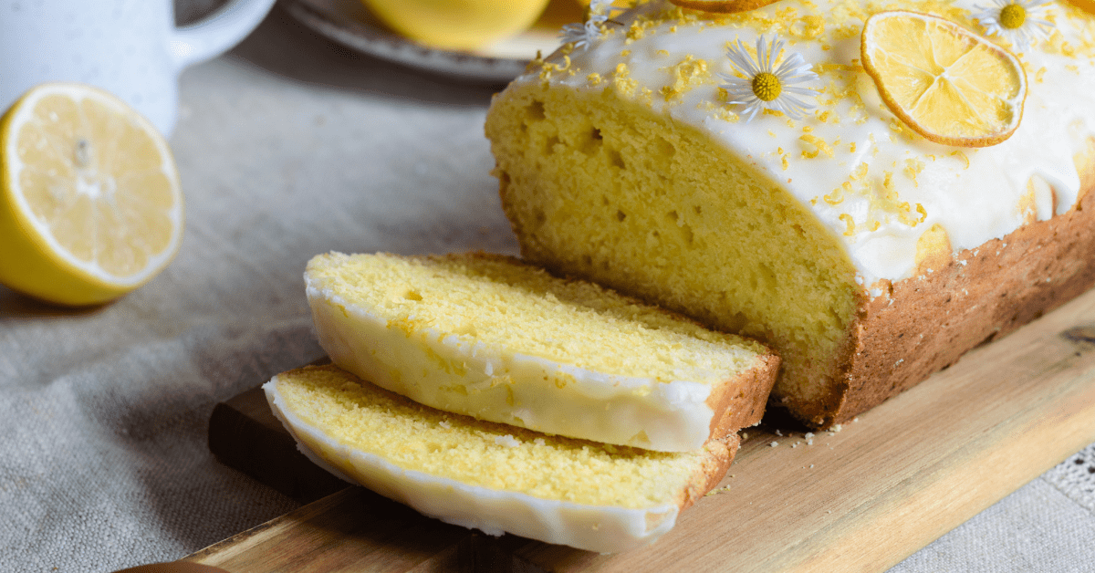 Lemon Loaf Cake with Vanilla Icing