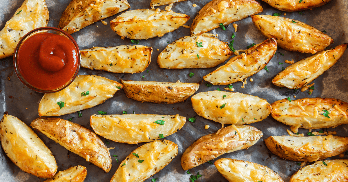 Oven Baked Potato Wedges with Ketchup