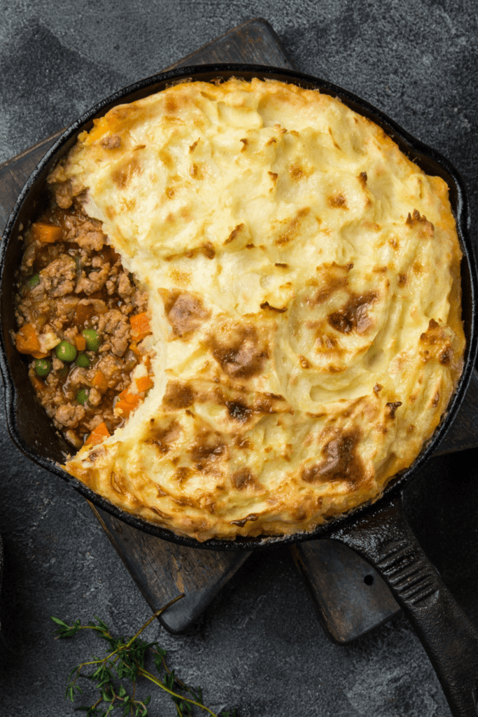 Shepherd's Pie with Mashed Potatoes and Minced Meat