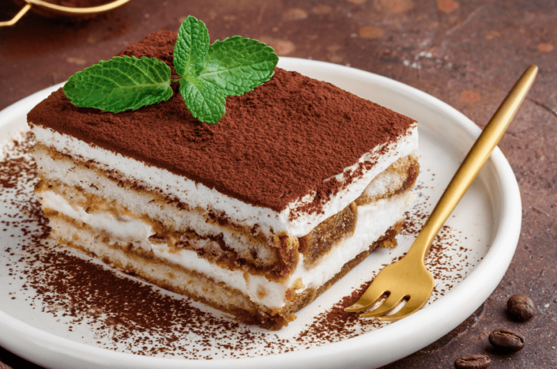Top 20 Italian Desserts (+ Easy Recipes)