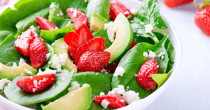 Summer Salad with Spinach, Strawberries and Avocadoes
