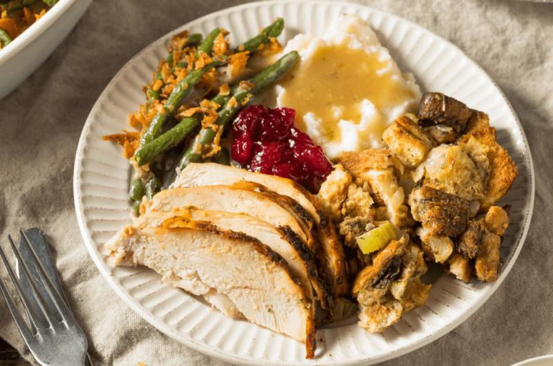 25 Easy Thanksgiving Crockpot Recipes