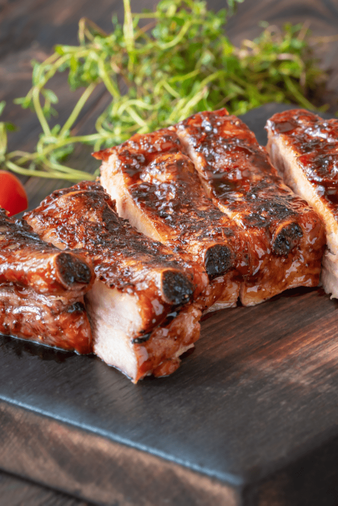 Barbecue Pork Ribs with Sauce