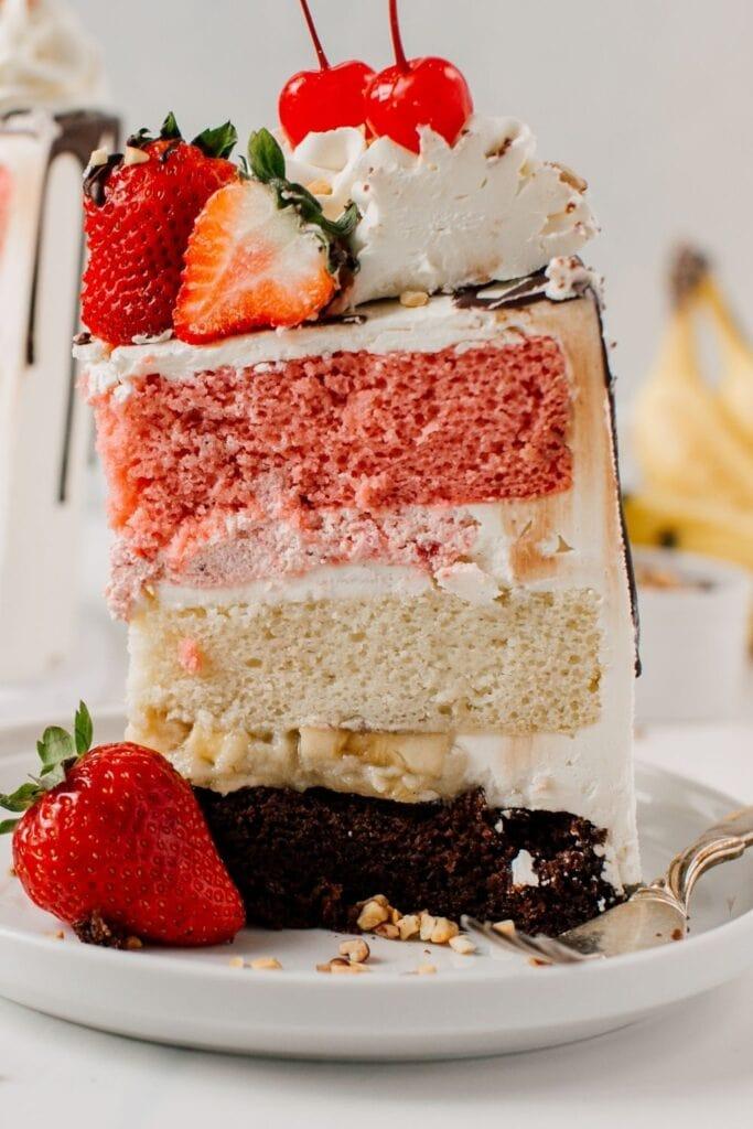 Homemade Atomic Cake with Banana and Strawberries