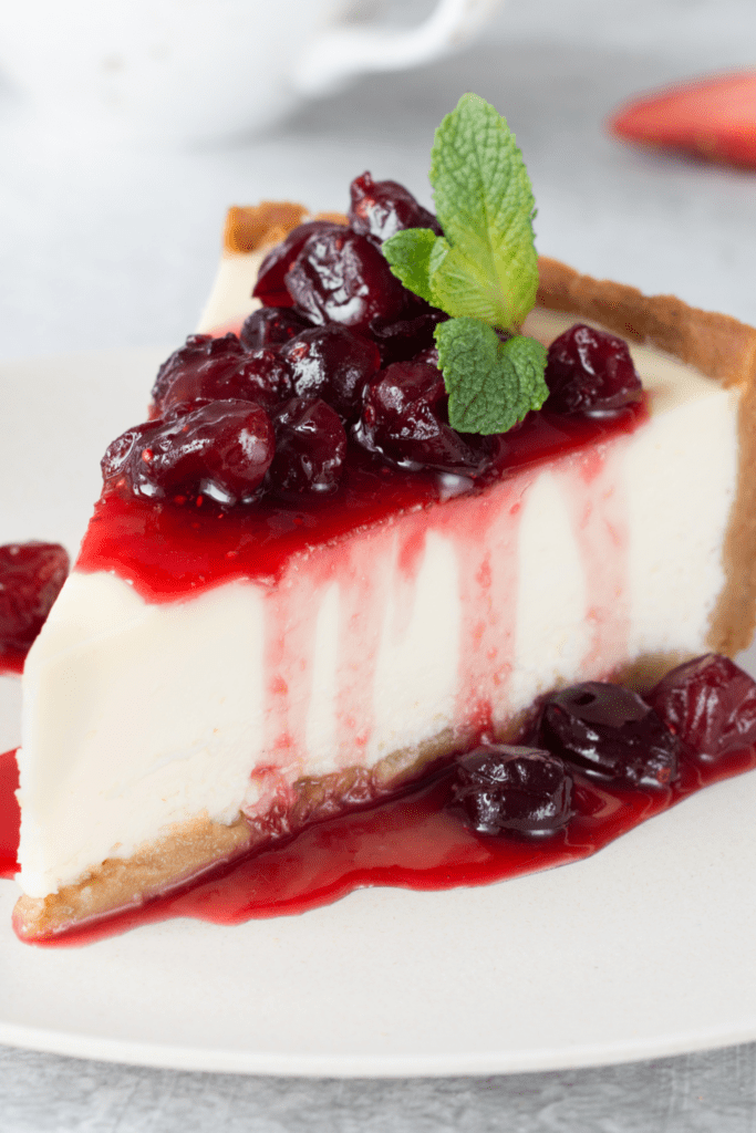 No-Bake Cheesecake with Cranberry Sauce