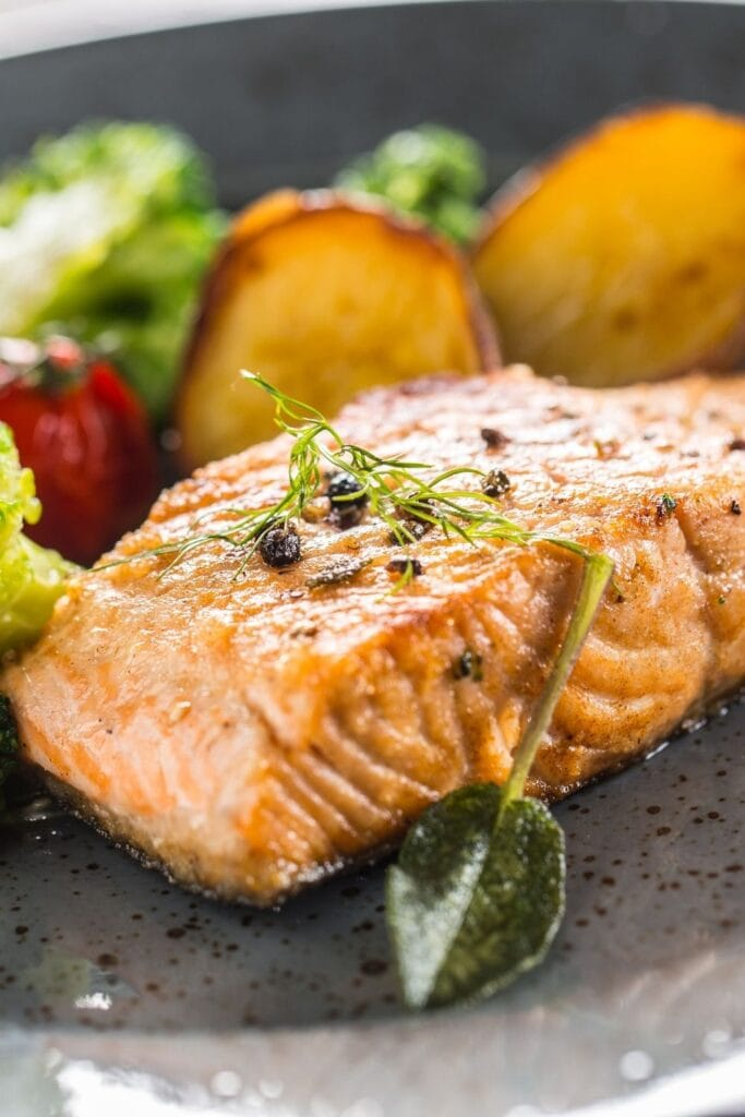 Roasted Salmon Fillet with Potatoes