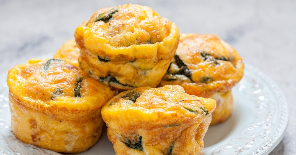 Breakfast Egg Muffins with Bacon, Spinach and Cheese