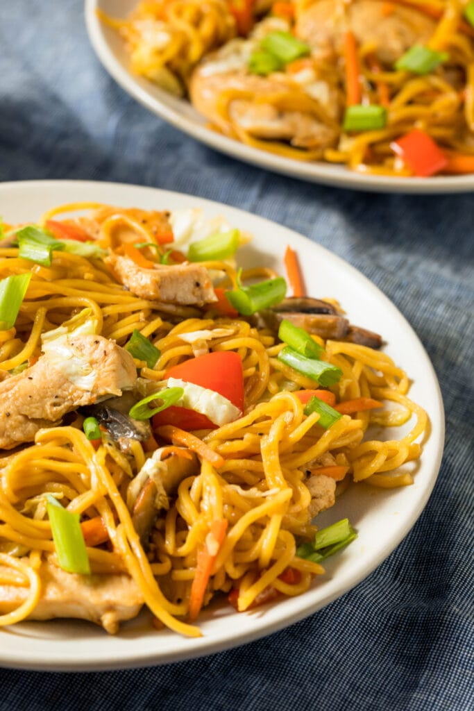 Chicken Yakisoba Noodles with Vegetables