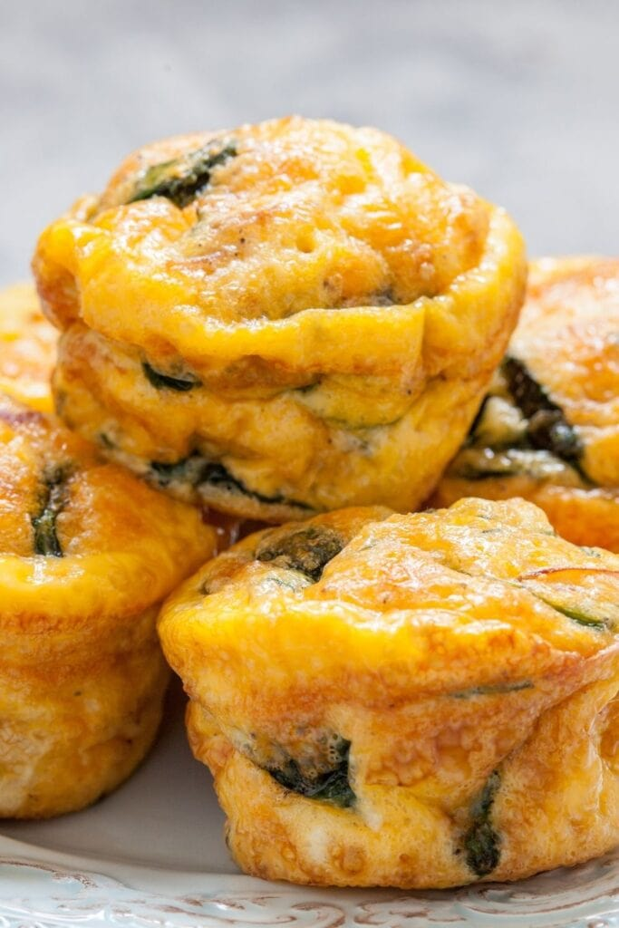 Egg Muffins with Bacon, Spinach and Cheese