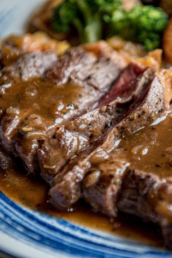 Sirloin Tip Steak with Gravy