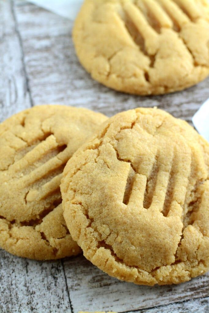 Homemade Keto Peanut Butter Cookies