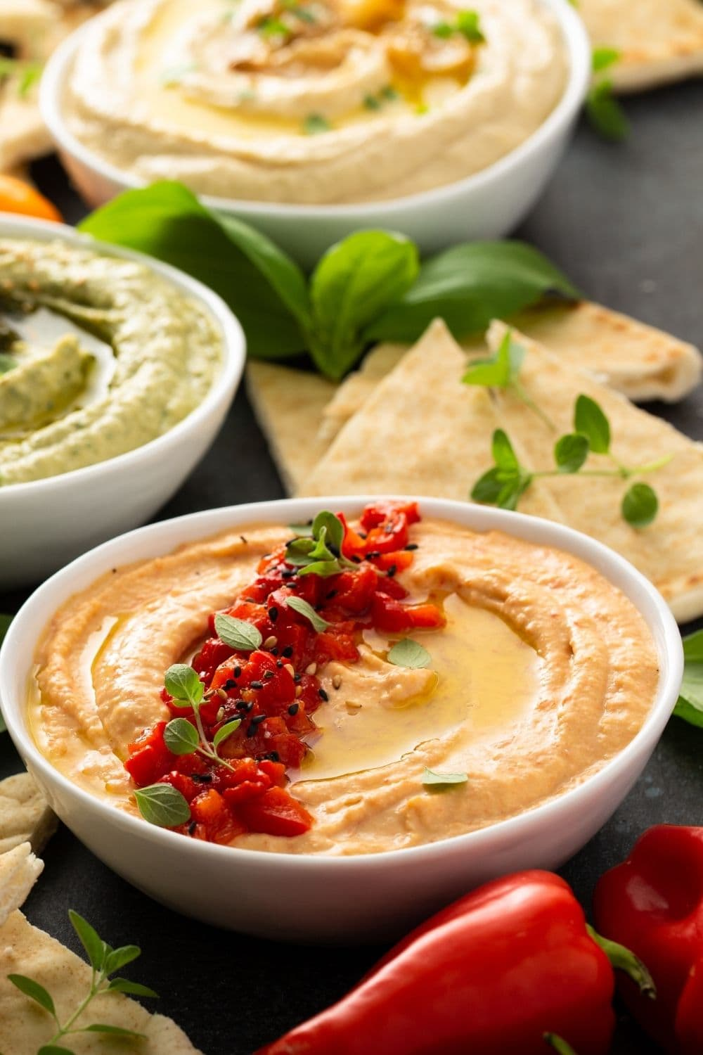 Hummus with Red Pepper and Pita Chips