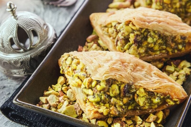 10 Traditional Lebanese Desserts