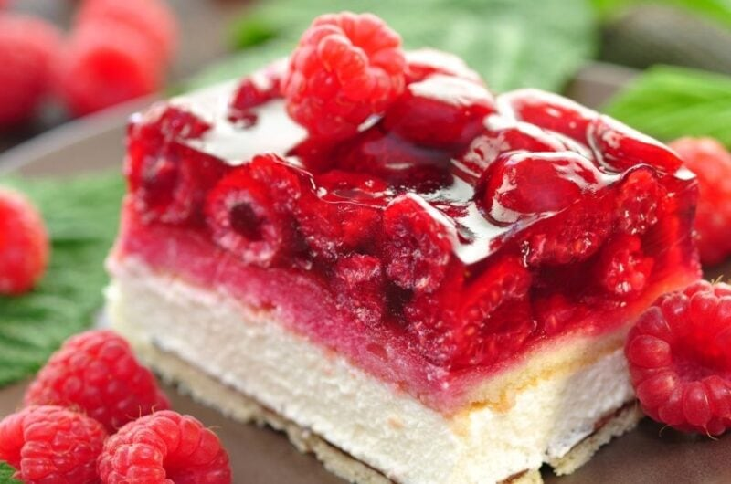 20 Red Desserts to Impress Guests