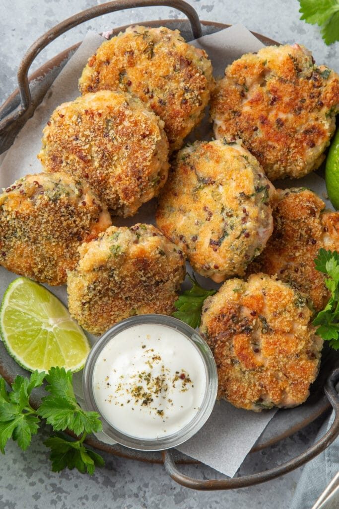 Salmon Patties with Dipping Sauce and Lime