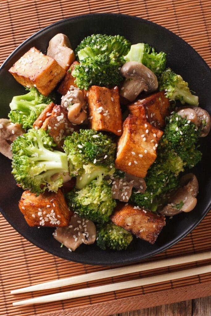 Sauteed Mixed Vegetables: Tofu, Broccoli and Mushrooms