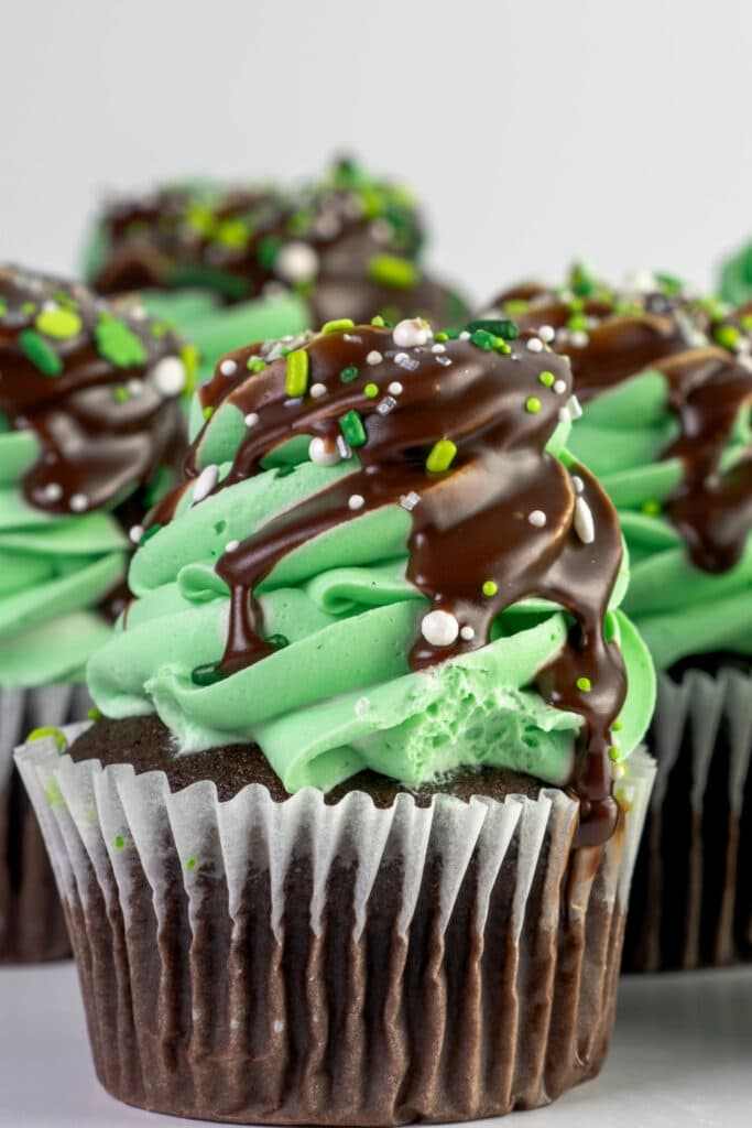 St. Patrick's Day Chocolate Cupcakes