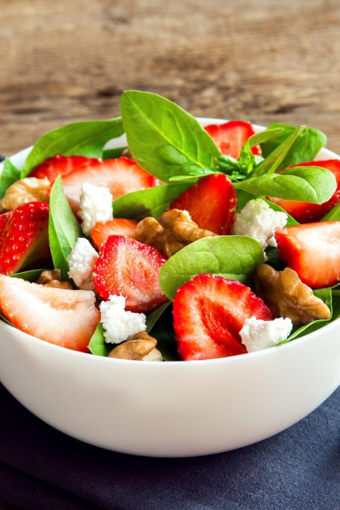 Strawberry Spinach Salad with Pecan Nuts and Feta Cheese