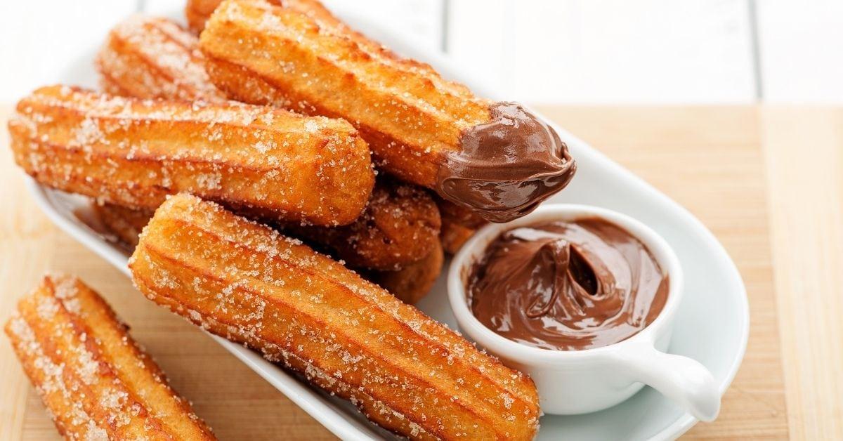 Churros with Sugar and Chocolate Dip