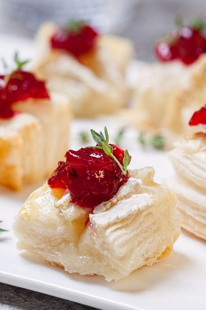 Cranberry Brie Bites Appetizer