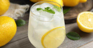 Homemade Cold Lemonade with Mint and Lemons