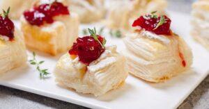 Homemade Cranberry Brie Bites