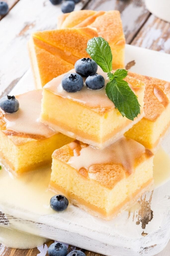 Pudding Cake with Custard Cream and Blueberries