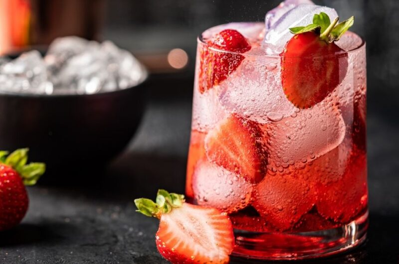 30 Easy Summer Cocktail Recipes