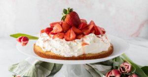 Strawberry Shortcake with Fresh Strawberries