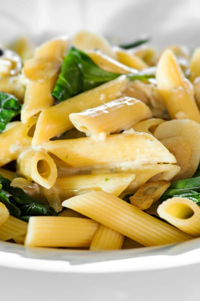 Creamy Pasta with Parmesan Cheese and Spinach