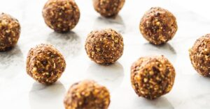 Homemade Peanut Butter Energy Balls