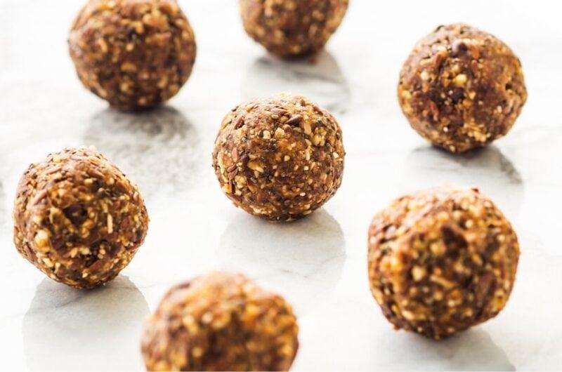17 Easy Peanut Butter Snacks