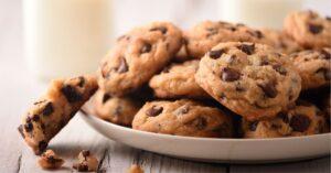 Homemade Vegan Chocolate Chip Cookies with Milk