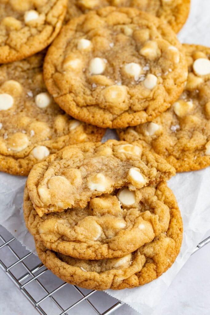 Homemade White Chocolate Chip Cookies