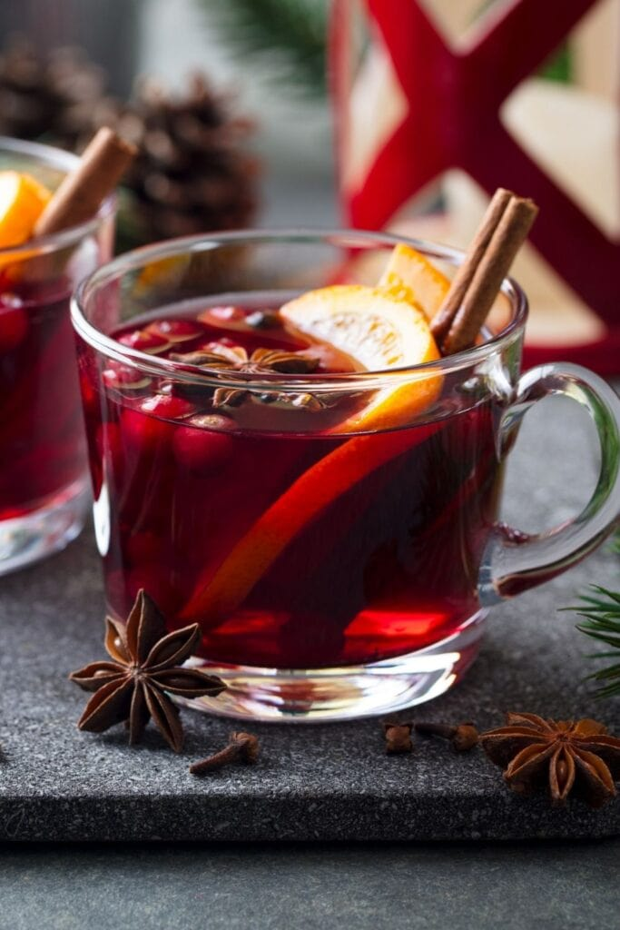 Mulled Red Wine with Cinnamon