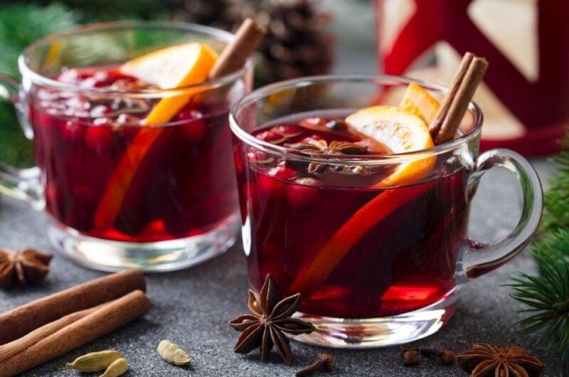 25 Classic Winter Cocktails