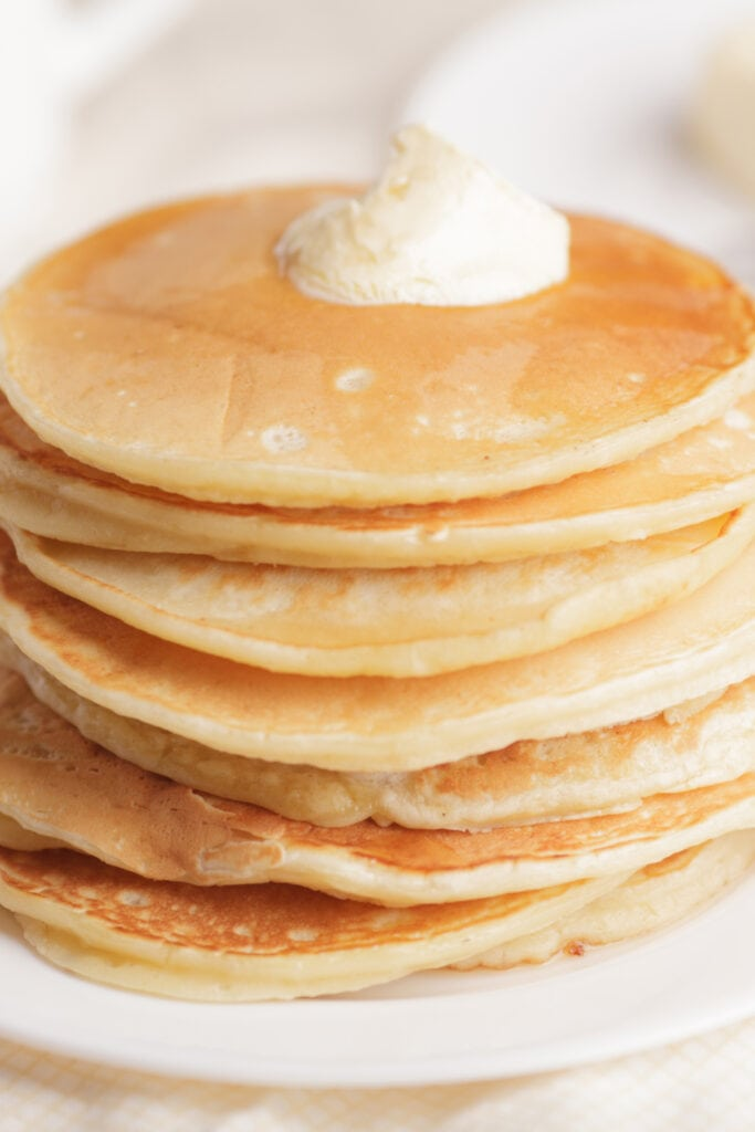 Perkins Pancakes with Sour Cream